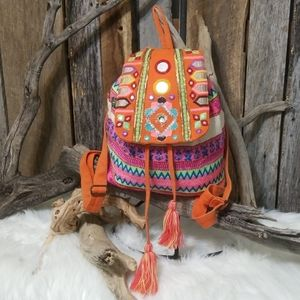 SPANISH BOUTIQUE EMBROIDERED DESIGN BACKPACK!